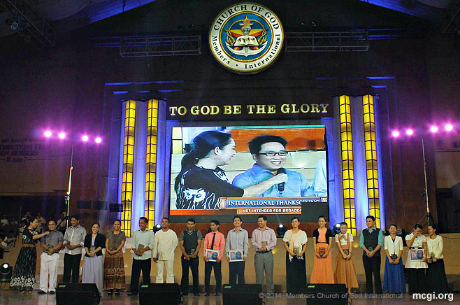 Interpreters and composers get interviewed before a worldwide audience during the ASOP Year-End Finals on April 6, 2014 that coincided with MCGI's South-America-hosted International Thanksgiving.