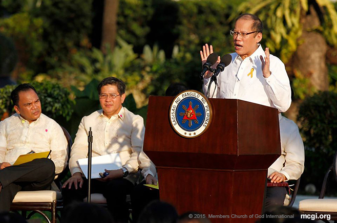 MCGI Closes First Prayer Meet by PNoy, Proposes Nat'l Prayer Day